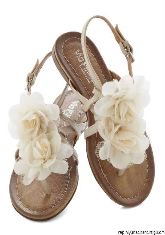 Day by Daydream Sandal - the flowers are almost too big, but I'm okay with it