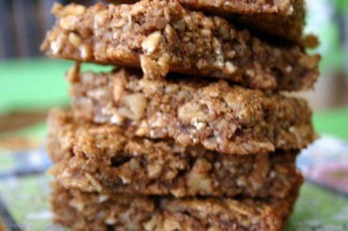 banana walnut granola bars