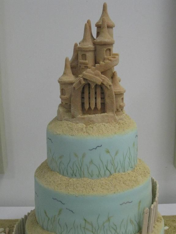 sand castle wedding cake topper 17 best ideas about castle wedding cake on 19668