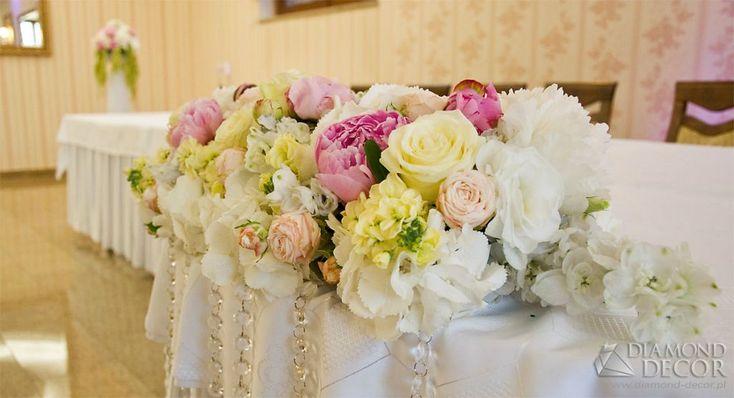 Dekoracja ślubna pomorskie - bukiet przed pare młodą