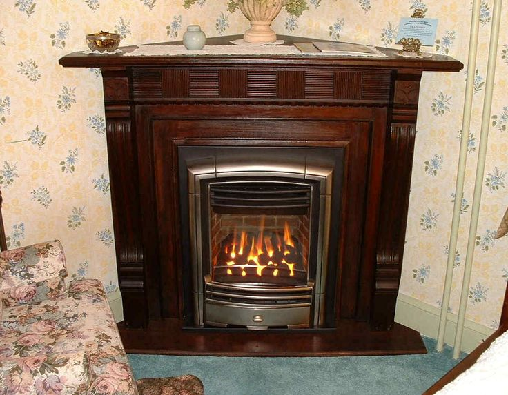 17 best ideas about valor fireplaces on pinterest gas for Victorian corner fireplace