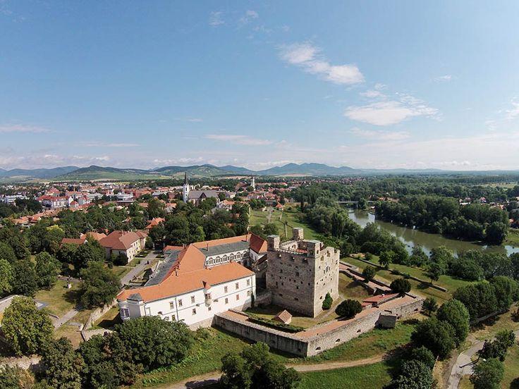 100 ezer látogató Sárospatakon | Antik Porta - Luxus & Régiségek