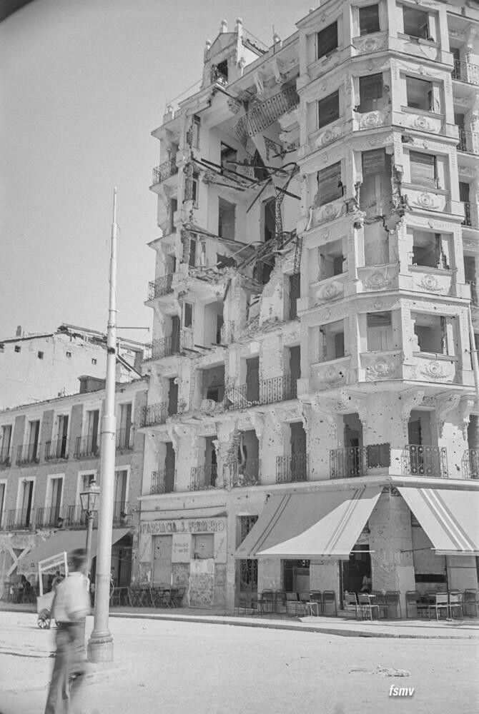 Año 1939, alrededores del Paseo de Rosales fotografía Otto Wunderlich