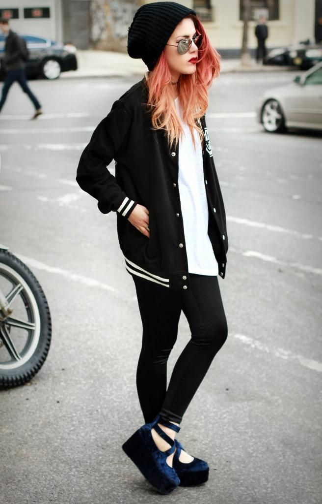 Almost basic. // Le Happy: love the outfit, hate the shoes...