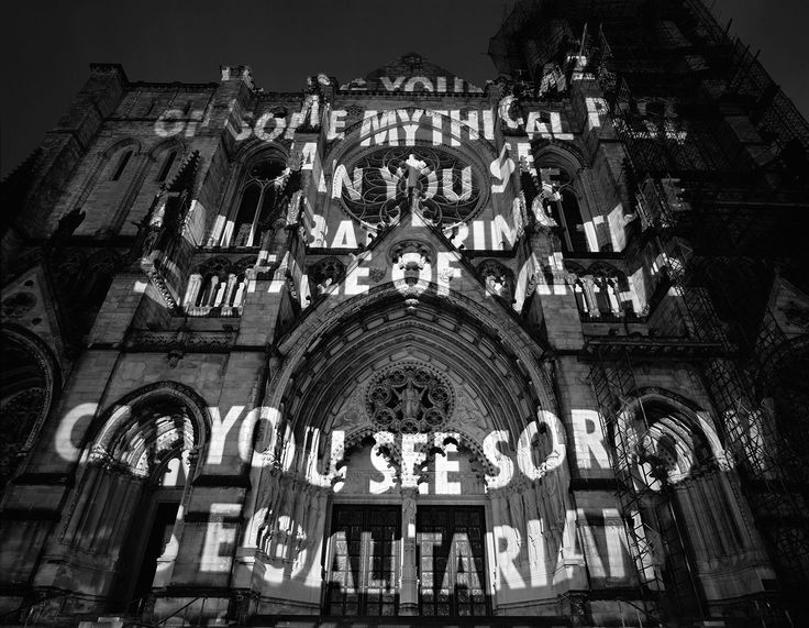 Jenny Holzer. Projections. New York (2004)