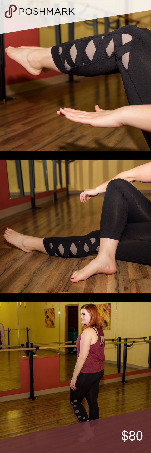 Black Lattice Compression Capris Compression fit for muscular support during high-intensity training but comfortable enough for yoga or wearing day to day. High waistband for tummy smoothing and great contouring in the leg. Stylish lattice detail on calf. Back pocket fits iphones 4 through 6. Tema Athletics Pants Capris