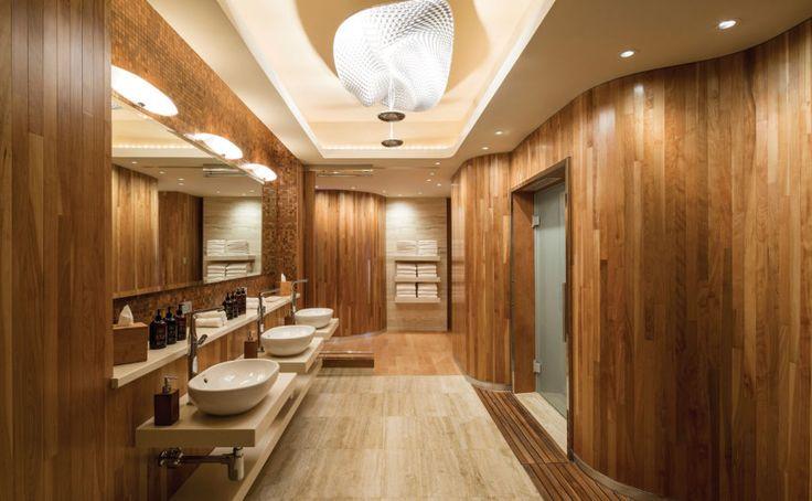 Spa locker room in puerto rico spa locker changing for Hotel spa decor
