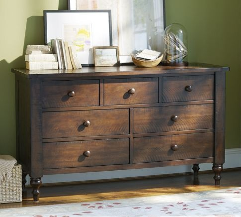 Don 39 T Love The Sleigh Bed In This Collection But Love The