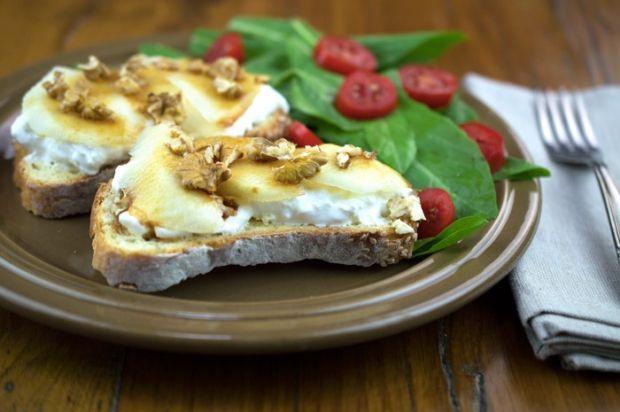 Pear, Walnut and Burrata Bruschette with Organic Saba | ITALY Magazine