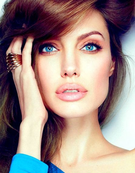 Angelina Jolie...: Girls Crushes, Natural Makeup, Make Up, Hair Colors, Beautiful, Angelina Jolie, Blue Eye, Makeup Looks, Lips Colors
