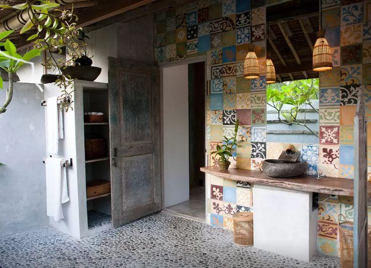 https://www.airbnb.com.au/rooms/58045