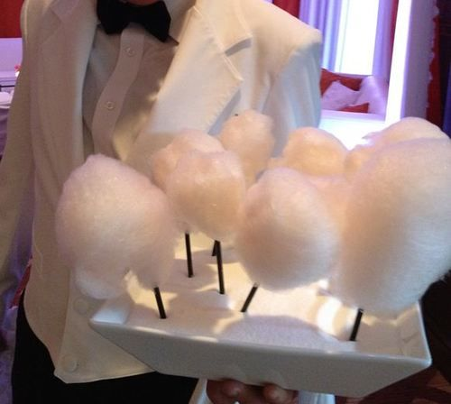 Cotton Candy for a beach wedding? Fluffy white clouds <3 www.SweetStart.us Weddings@SweetStart.us