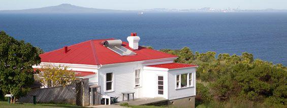 Tiritiri Matangi Island bunkhouse. Photo copyright: Lianne Schroder.