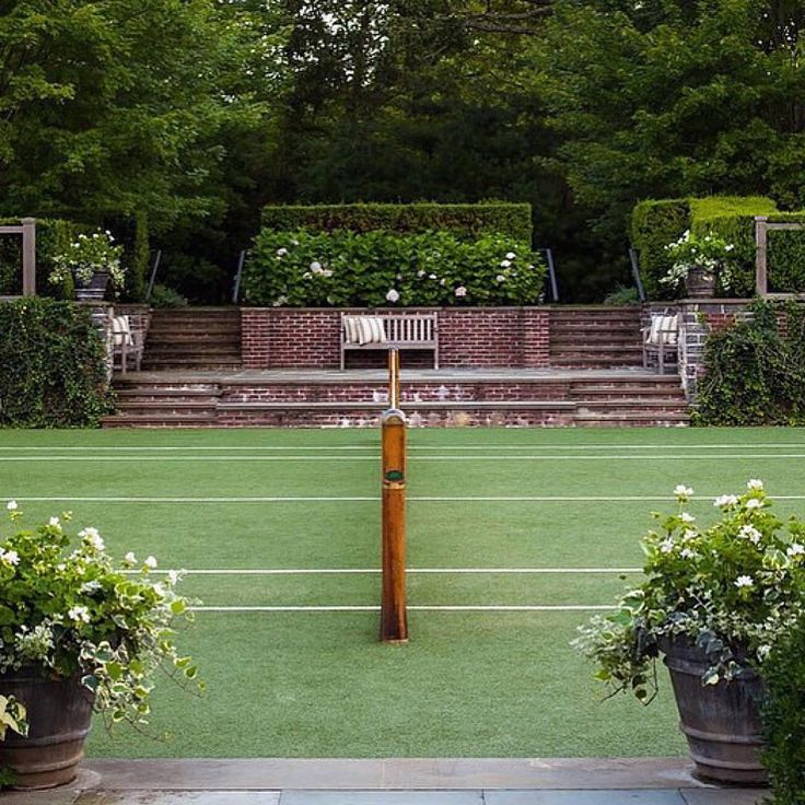 Hamptons grass tennis court  zackswimsmm.tk