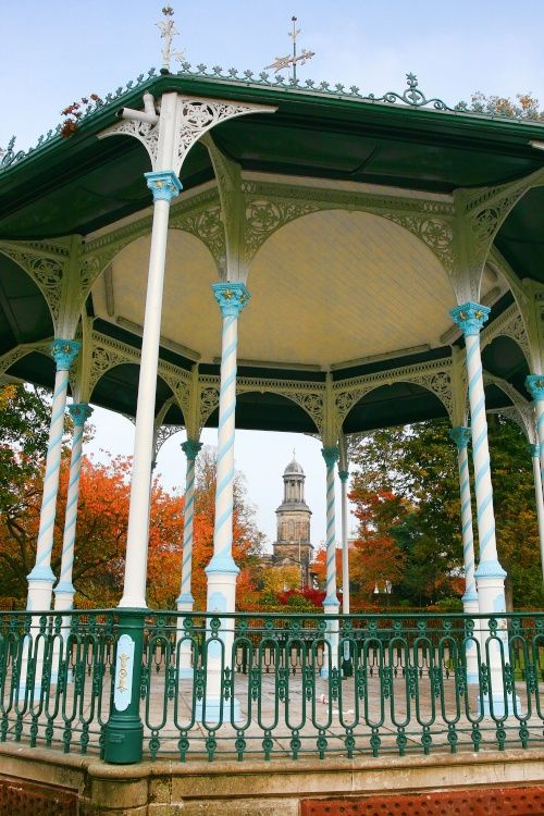 The Band Stand Shrewsbury. Running the half marathon with the Rushworths. Our first & possibly not our last. Had to take my earphones out to hear the band play as I ran past the bandstand. Fab cocktail post run. Went down a treat!