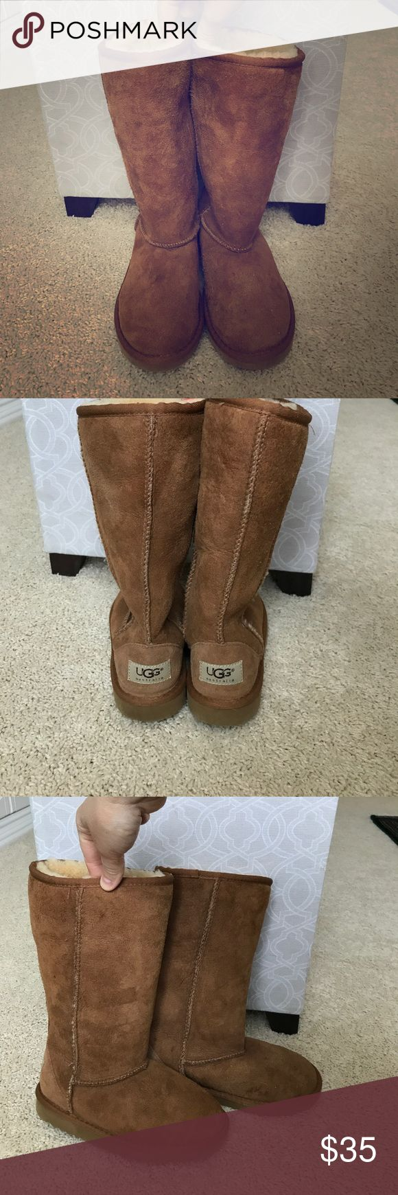 Girls Ugg Boots size 1 lightly worn Girl UGG Boots size 1. Lightly worn but do have a few water marks on them. (See pictures for details) UGG Shoes Boots
