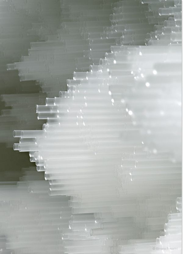 TOKUJIN YOSHIOKA, INSTALLATION FOR MOROSO: straws look like clouds, Japan 吉岡 徳仁