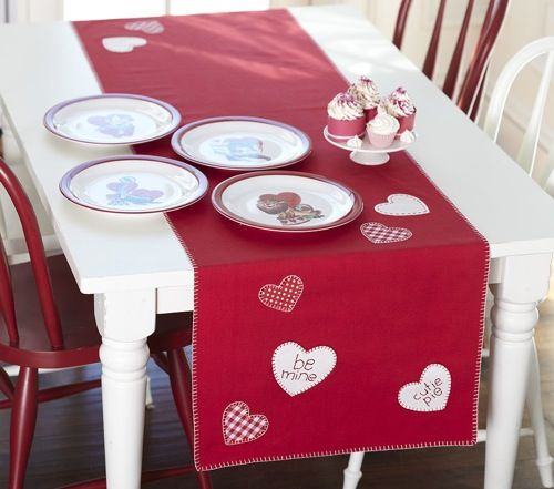 Simple Valentine's Day Table Runner Idea