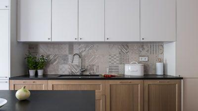 Kuchnia classic modern #furniture #kitchen #calssicmodern #white #wood #black #tryc #interiordesigner #mutinaceramic #mutina #cubeo #meble #projektowanie #ładnaluchnia #warszawa