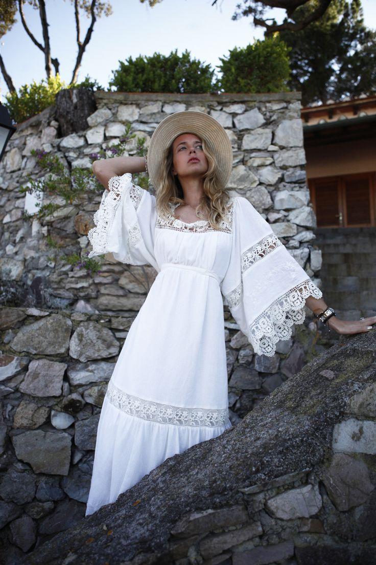 Outfit da Spiaggia:L'abbigliamento da mare alla moda   The Ugly Truth of V