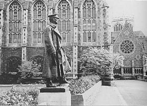 Clifton College Field Marshal Douglas Haig | Clifton College a statue of Haig looks out over the cricket field where so many of his officers once played.