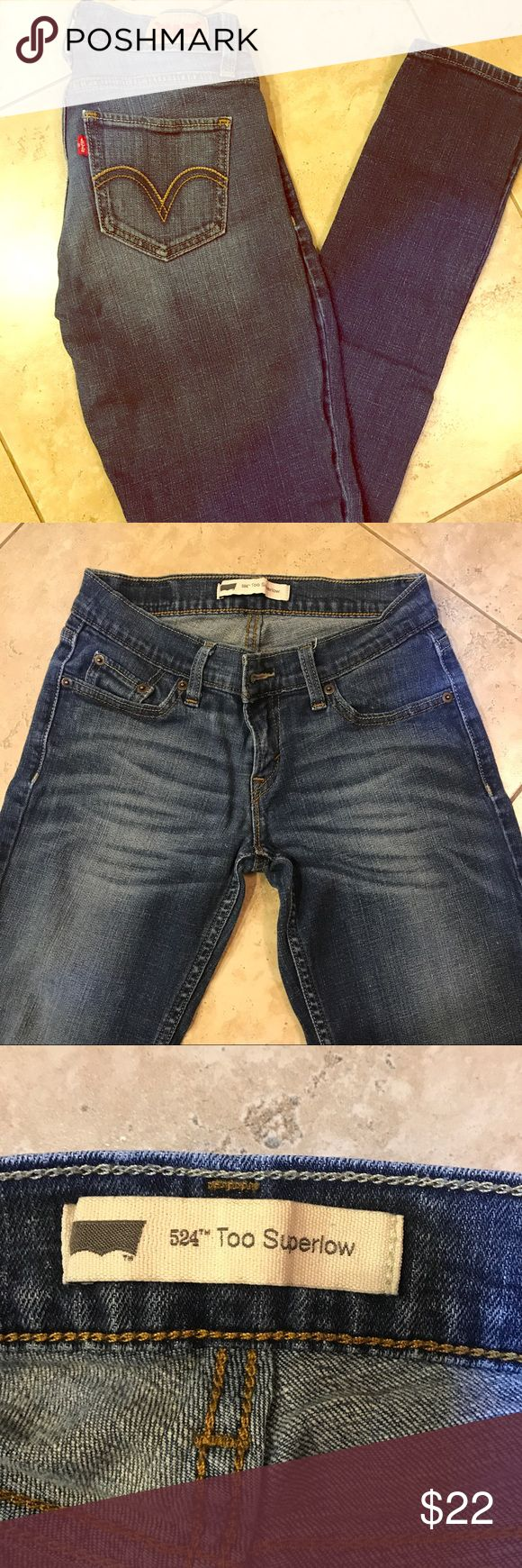 Levis Skinny Jeans Levis Skinny Jeans. Great fit. Size 1M. Worn 3 times. Levi's Jeans Skinny