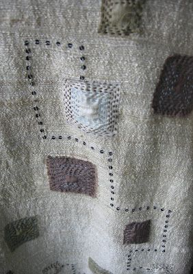 Million Little Stitches Go to blog and read about how she tea dyed this stole.  Good idea.