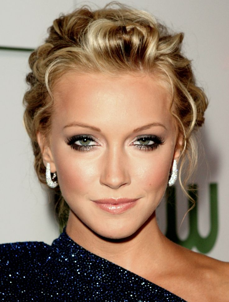 Katie Cassidy November 25 Sending Very Happy Birthday Wishes!  Continued Success!