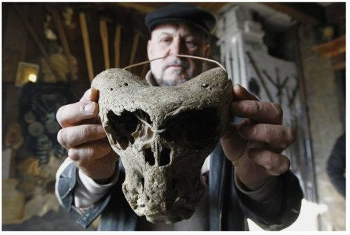 According to reports by Russian newspapers, the mysterious skulls were found in a cave on Mount Bolshoi Tjach nearly two years ago by a group of explorers led by ethnographer Vladimir Melikov. According to Melikov, the creature of one of the skulls was unlike anything known to man, and it walked on two legs. Melikov states that among the most mysterious features of the skulls is the absence of cranial vault and jaws. The eye sockets are unusually large having facial features resembling…