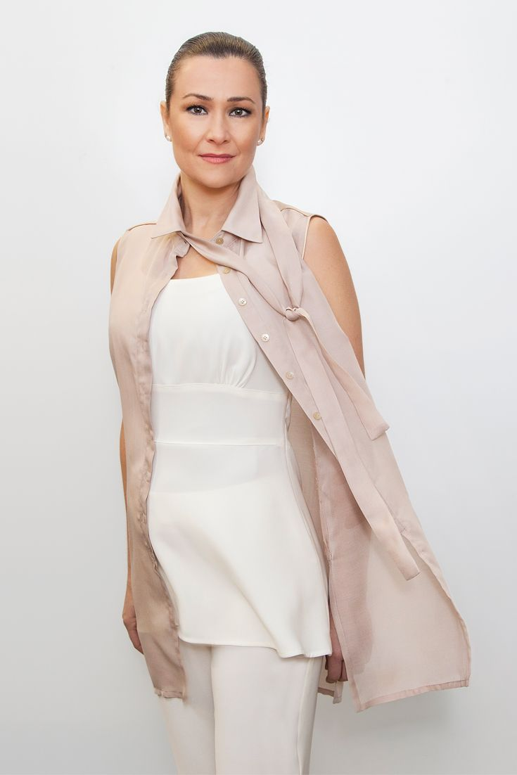 NEW STYLE - elegant long sleeveless shirt - Beauty, Spa & Hairdressing Uniforms