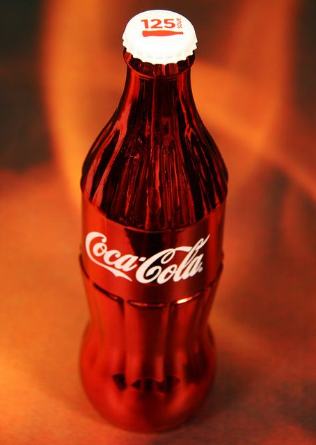 125 years Coca-Cola metal red bottle company only gift FEMSA Brazil top