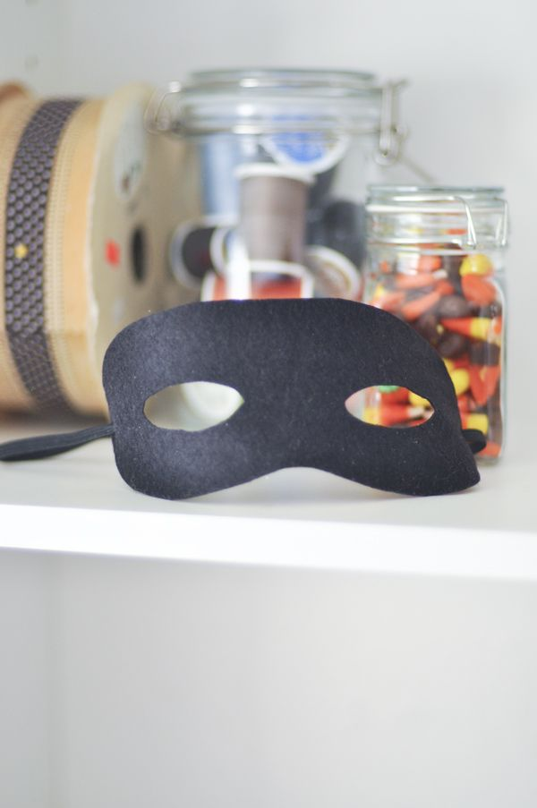 Make a Bandit Mask