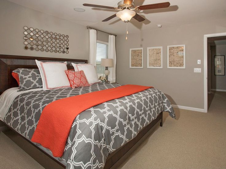 contemporary master bedroom with quilt set bedspread and coverlet suzanne kasler sisal boards carpet ceiling fan