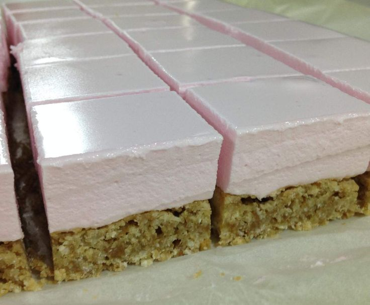 Recipe Marshmallow slice by CarlyHill - Recipe of category Desserts & sweets