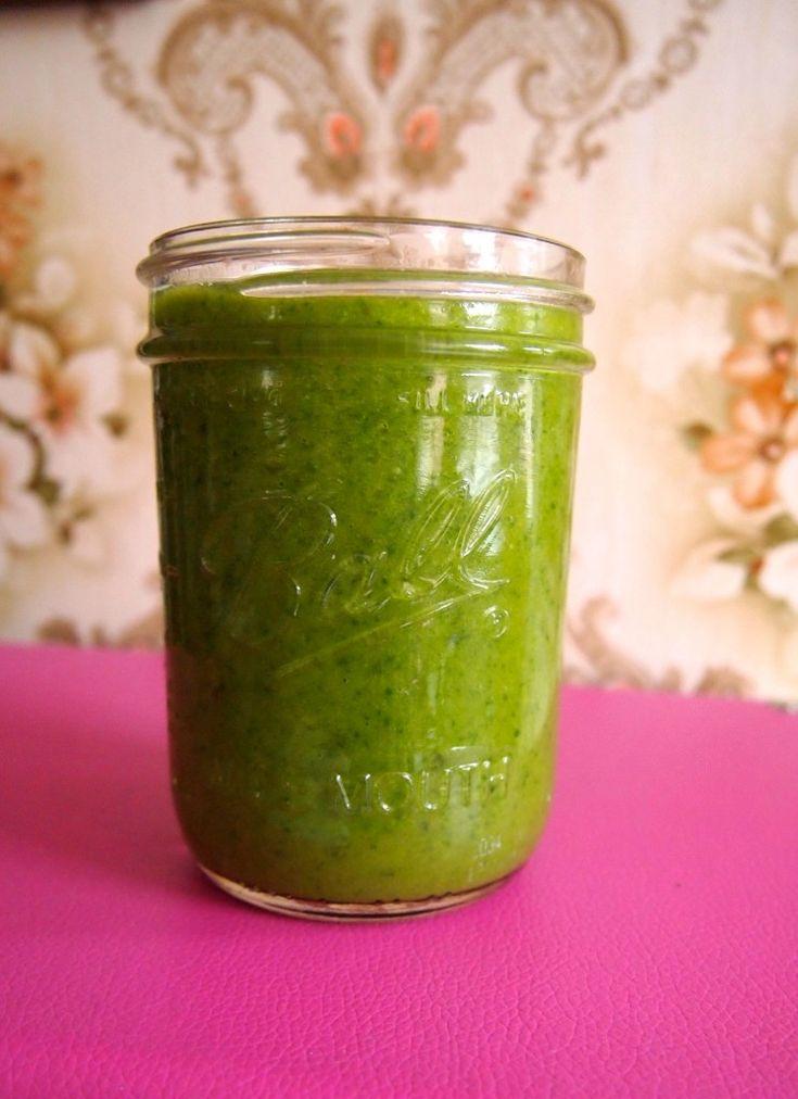 Recept: groene smoothie met mango en munt - De Groene Meisjes