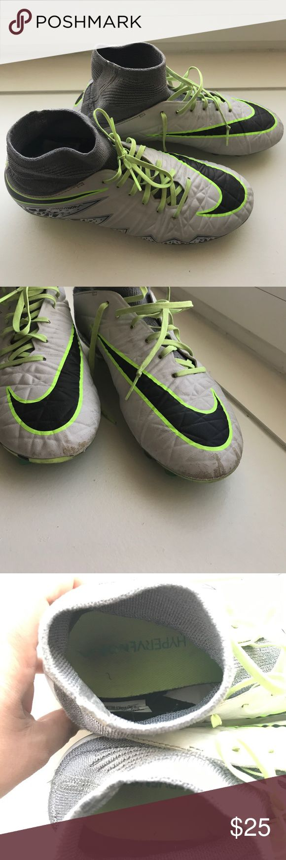 Nike Hypervenom youth Cleats Barely worn, excellent used condition. Youth size 5.5 Nike Shoes