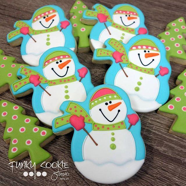 winter cookies cookies winter christmas snowman decorated cookies ...