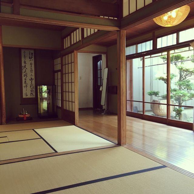 NORiさんの、庭,純和風,日本家屋,縁側,畳,障子,床の間,手水鉢,部屋全体,のお部屋写真
