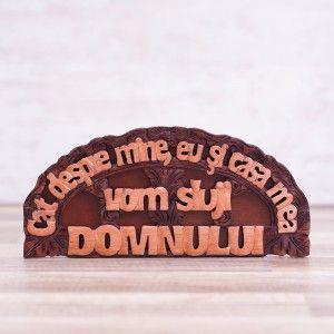 """Tablou din lemn """"Cat despre mine, eu si casa mea vom sluji Domnului"""". #woodenboard #christianverse"""