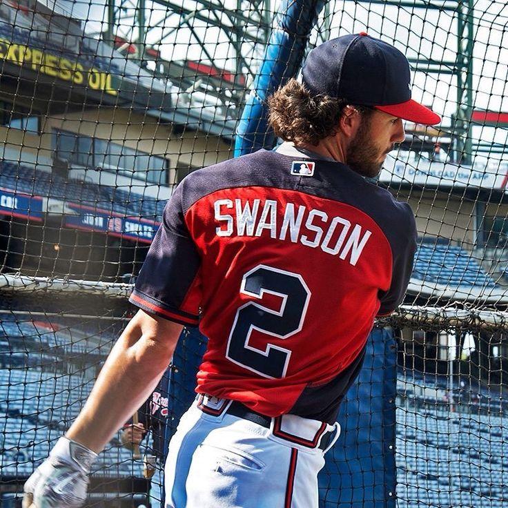 Atlanta Braves SS, Dansby Swanson, during batting practice.