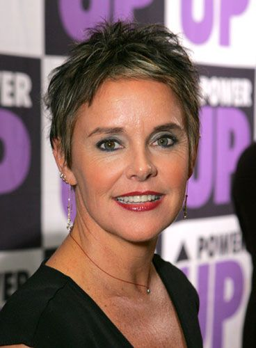 Amanda Bearse (actress, director, comedienne)