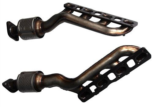 Nissan Titan 5.6 V8 (2004, 2005, 2006, 2007, 2008, 2009, 2010, 2011, 2012) Catalytic Converter Manifold Set : Front LHS Radiator, Rear RHS Firewall – Not For California Emission Vehicles