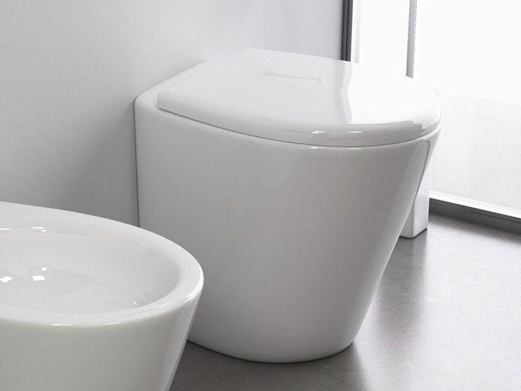 IDEM Toilet by STILE