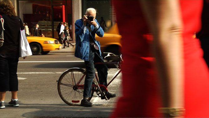 New York street photographer Bill Cunningham @Copyright Bill Cunningham