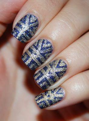 OPI - Liquid Sand nail art
