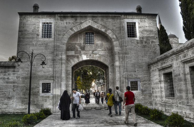 Suleymaniye Mosque Entrance by Murat Ekmen