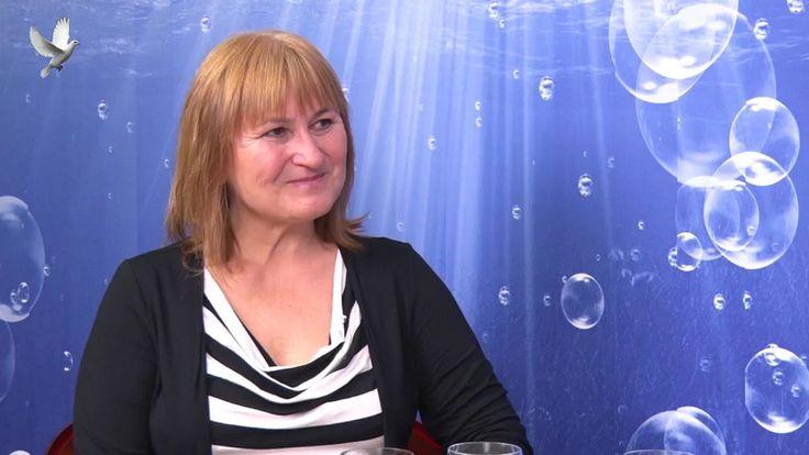 Hana Sar Blochová, Alchymie a mystéria u dvora Karla IV. 1. díl