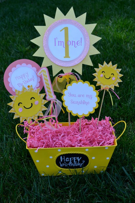 You are my Sunshine I am one Birthday centerpiece  Wouldnt this centerpiece be cute on the food table or placed on the party table for decoration!