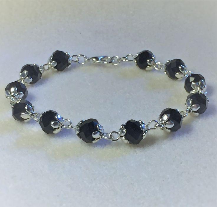 """Bracelet """"Les perles à facettes noires et argentées"""" : Bracelet par les-breloques-de-bel"""