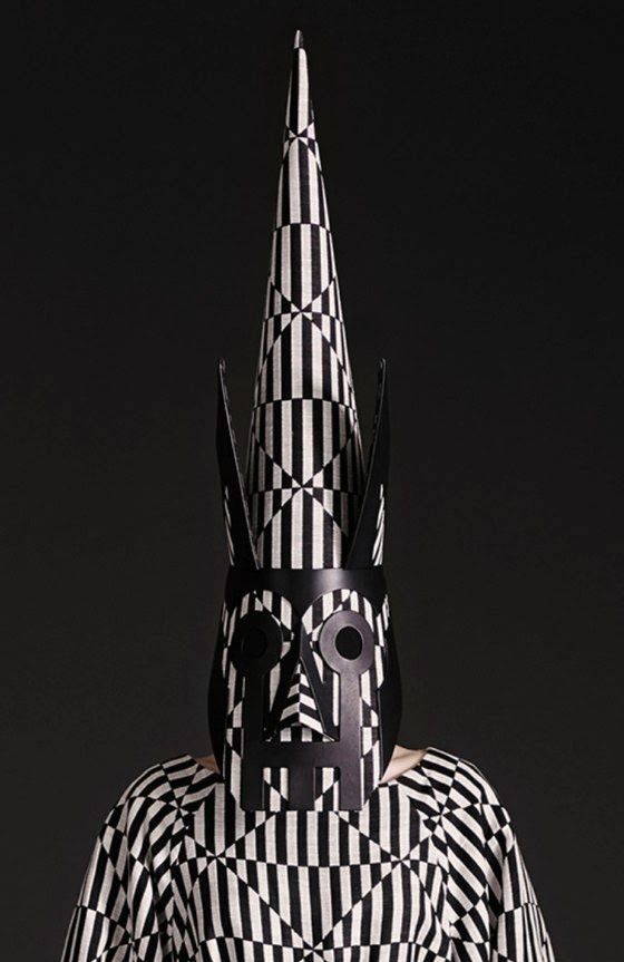 patternprints journal: PRINTS, PATTERNS AND SURFACE EFFECTS: BEAUTIFUL DETAILS FROM PARIS FASHION WEEK (WOMAN COLLECTIONS SPRING/SUMMER 2015) /  Gareth Pugh
